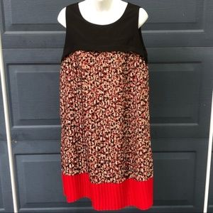 LOFT | Pleated Mod Floral Red & Black Dress